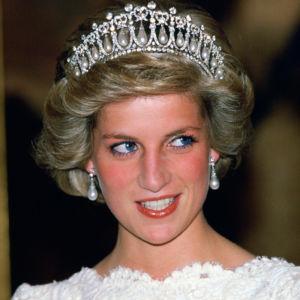 diana-princess-of-wales-tiara-ftr